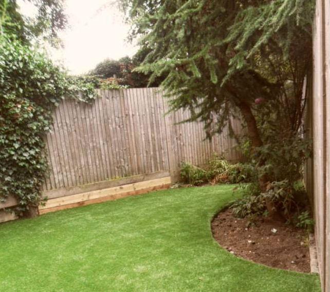 דשא סינטטי דוגמה
